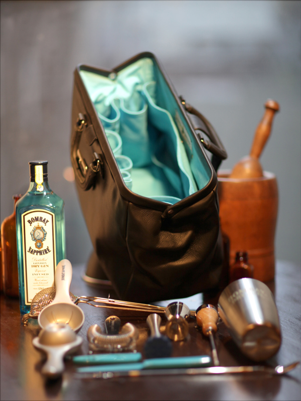 bombay-sapphire-bar-bag