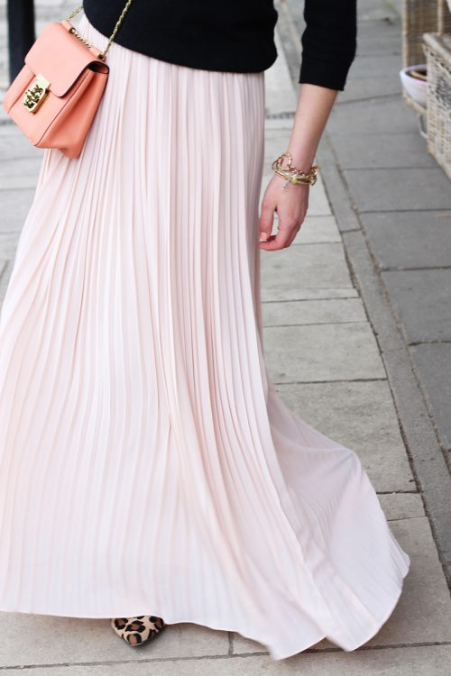 Chloe-Elsie-Bag-Blush-Pink-Maxi-Skirt-The-Elgin-Avenue